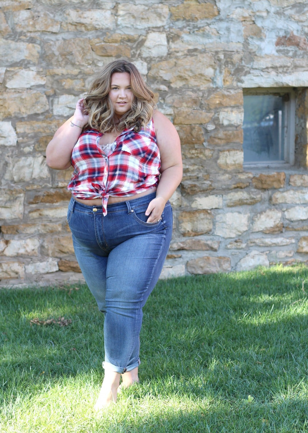 how to wear jeans when you had a fat stomach