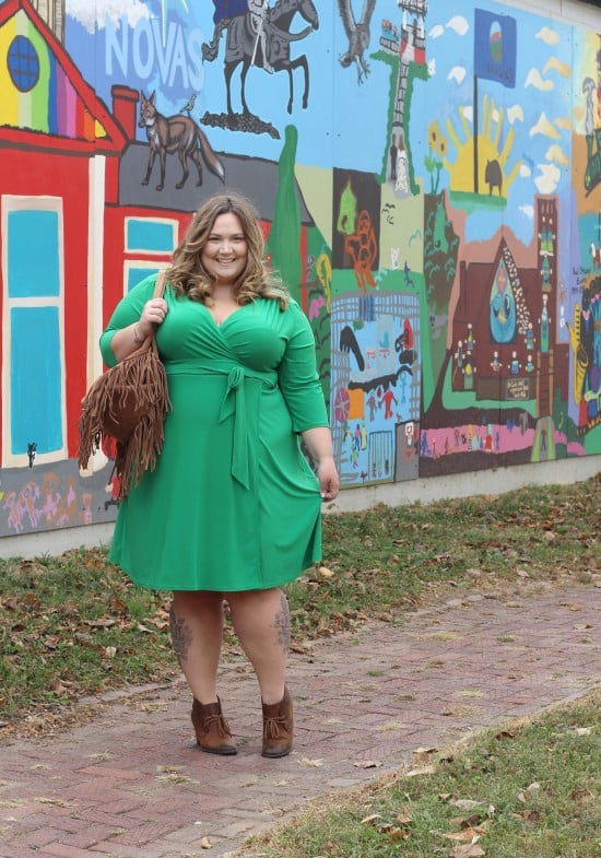 GIVEAWAY With Plus Size Clothing Retailer IGIGI.COM // fatgirlflow.com